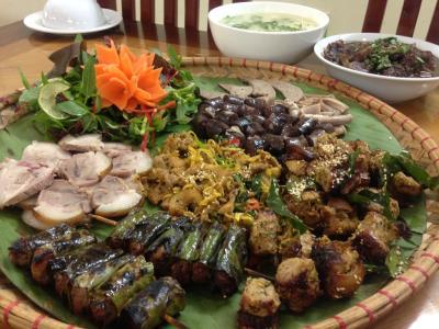 Thưởng thức món lợn Mường – Thung Nai