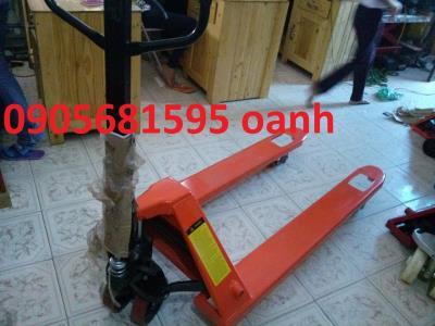 Bán  xe nâng tay Đà Nẵng - Quảng giá chỉ 3tr1 liên hệ 0905681595