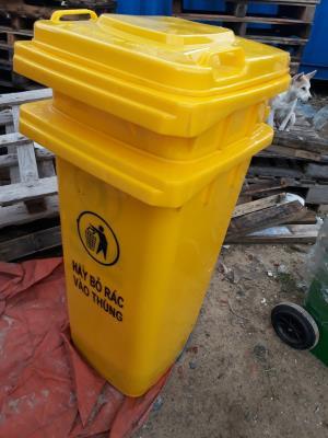 Xả kho thùng rác 120 lít giá rẻ tại Đà Nẵng - Quảng Nam giá rẻ chỉ 850k liên hệ 0905681595