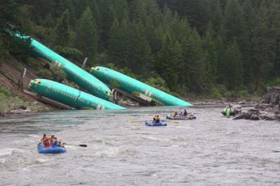 Máy bay rơi tại Hoàng Sa