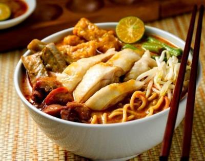 Nếm thử món ngon cua 8 nước Đông Nam Á