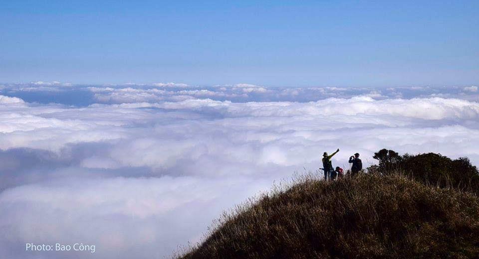 LẬP TEAM hikking cắm trại và chinh phục đỉnh Núi Cha ( Công Sơn)