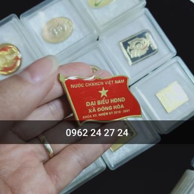 cơ sở cung cấp huy hiệu lá cờ đảng, nơi làm huy hiệu đại hội, bán huân chương