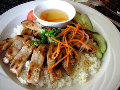 Món ngon dễ làm: Cơm tấm Sài Gòn