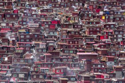Ngôi làng thanh tịnh của 40.000 tăng ni Trung Quốc