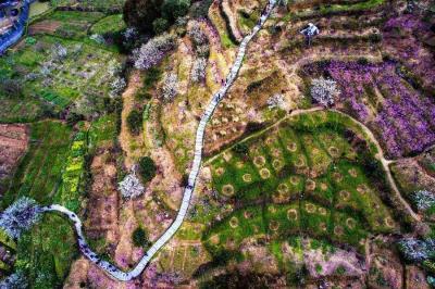 Trầm trồ trước vẻ đẹp của thiên nhiên Trung Quốc