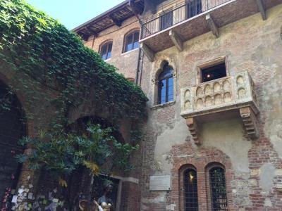 Ghé thăm ngôi nhà của Nàng Juliet với chiếc ban công nổi tiếng