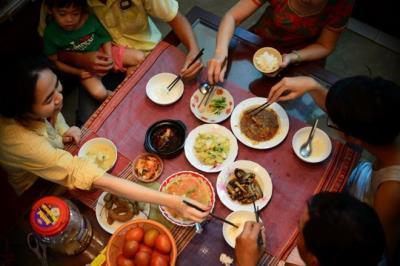 """6 sự thật về """"Văn hóa dùng đũa ở châu Á"""" mà chính người châu Á cũng chưa biết"""
