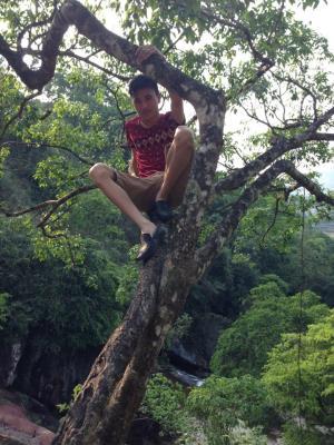 Suối mỡ quê e đó ,ai thích trải nghiệm du lịch sinh thái ,bốn mùa thác nước chảy ,pm mk ,mk tư vấn cho