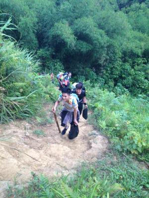 Xin phép ad tuyển tnv chuyến từ thiện Yên Bái ngày 1/8/2015