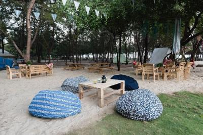 Try strange sensation overnight camping in Vung Tau
