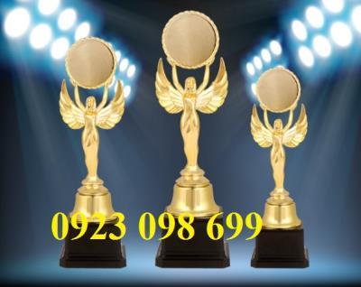 cúp trao giải các sự kiện lớn trong nước giá rẻ,xưởng đúc cúp lưu niệm,sản xuất cúp đồng doanh nhân