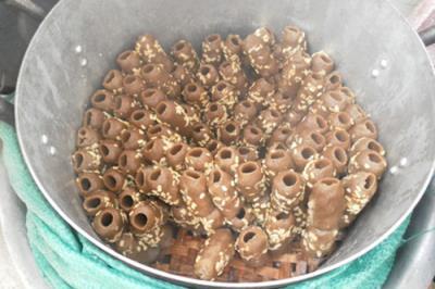 Bánh Tu Huýt - đặc sản Quảng trị
