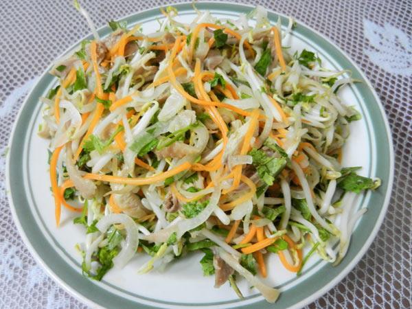 Món nộm của người Việt